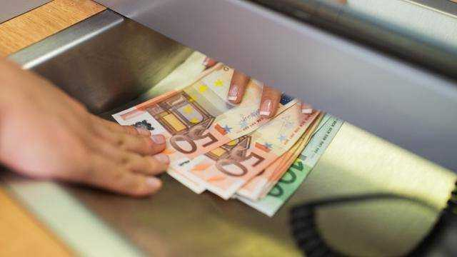 Loans of 1000 euros in one day